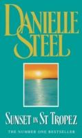 Sunset In St Tropez -  Danielle Steel  - 9780552149112